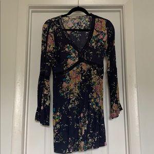 Love stitch mini dress L